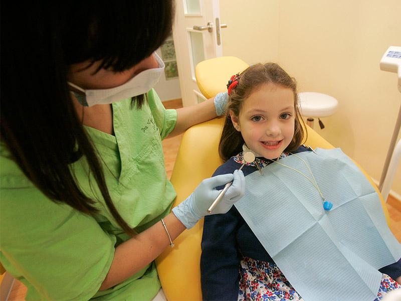 insta8 - Por Qué Elegirnos Clínica Dental Doce
