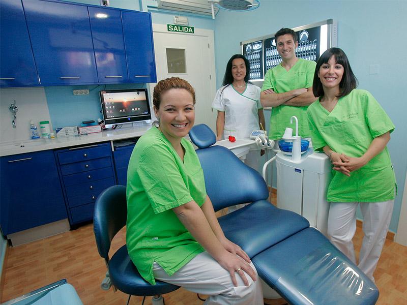 instalaciones1 - Por Qué Elegirnos Clínica Dental Doce